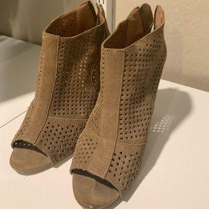 Open toe wedged booties